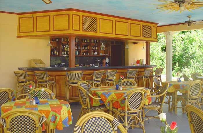 Sunside alona beach cocktail bar and restaurant info bohol