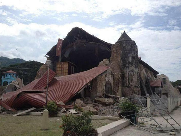 bohol-earthquake-2013-022