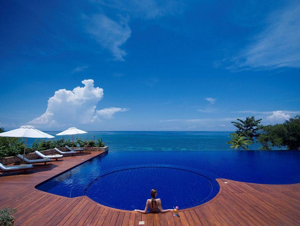 Eskaya Beach Resort and Spa Bohol pool day time