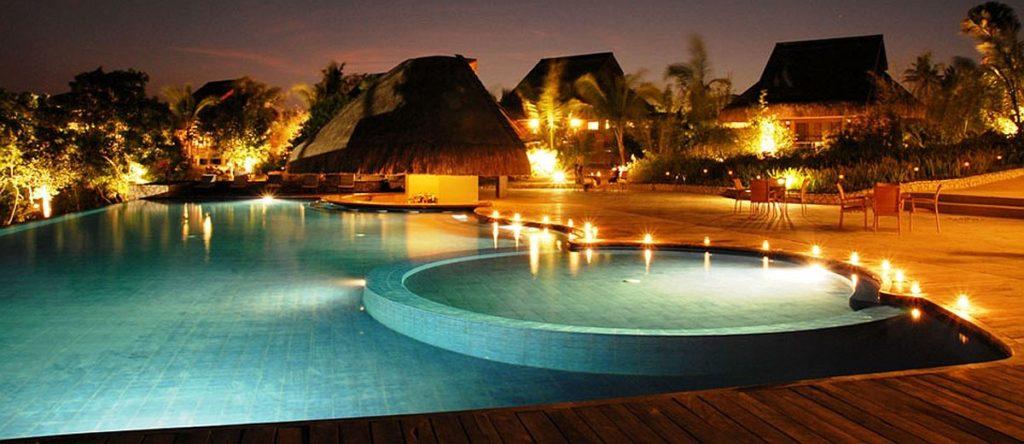 Eskaya Beach Resort and Spa Bohol pool night